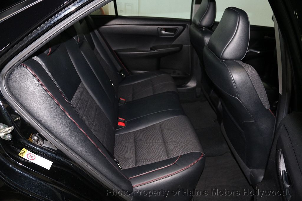 2017 Toyota Camry  - 17667698 - 14