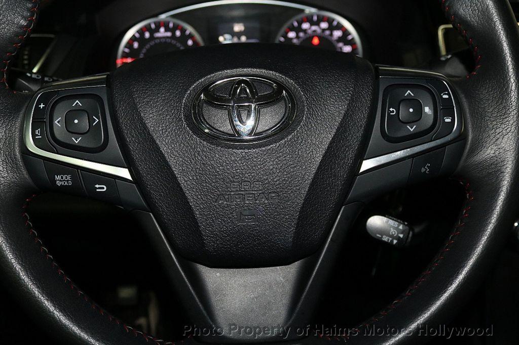 2017 Toyota Camry  - 17667698 - 26