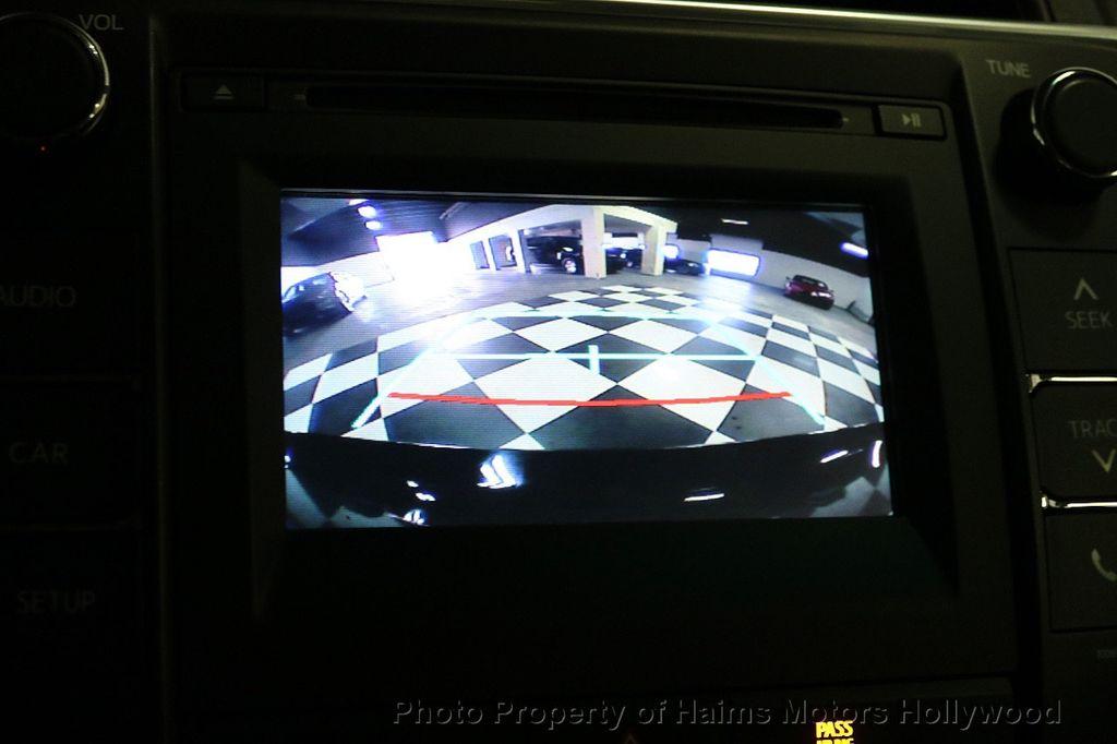 2017 Toyota Camry  - 17667698 - 29