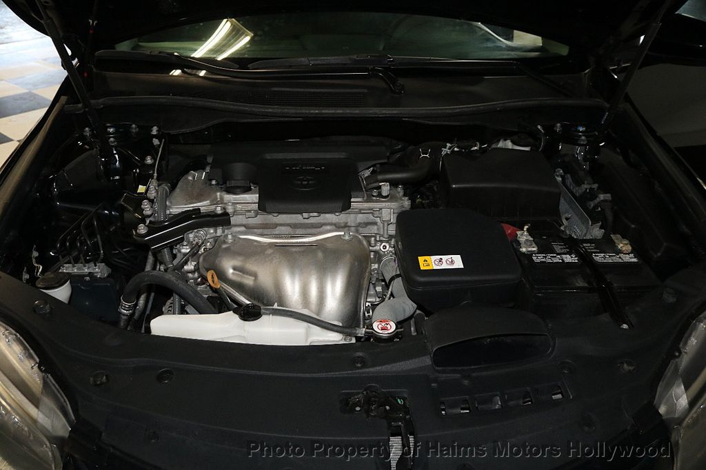 2017 Toyota Camry  - 17667698 - 31