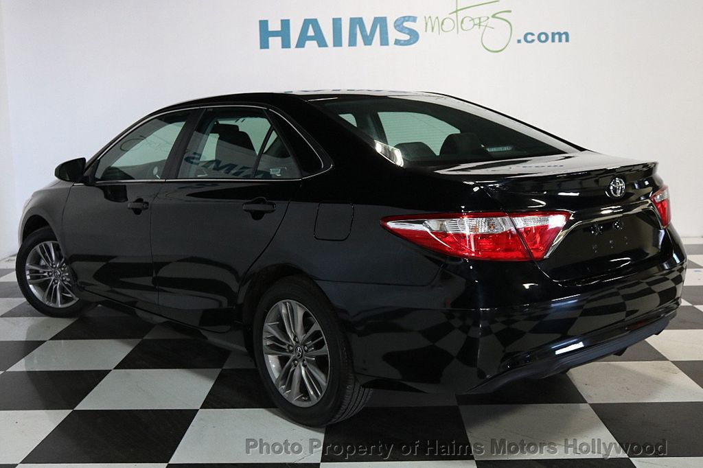2017 Toyota Camry Le Automatic 17446280 4