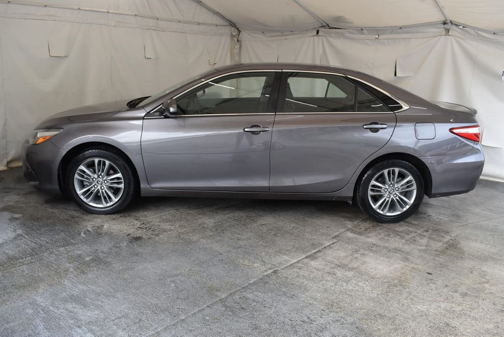 2017 Toyota Camry LE Automatic - 18359637 - 4