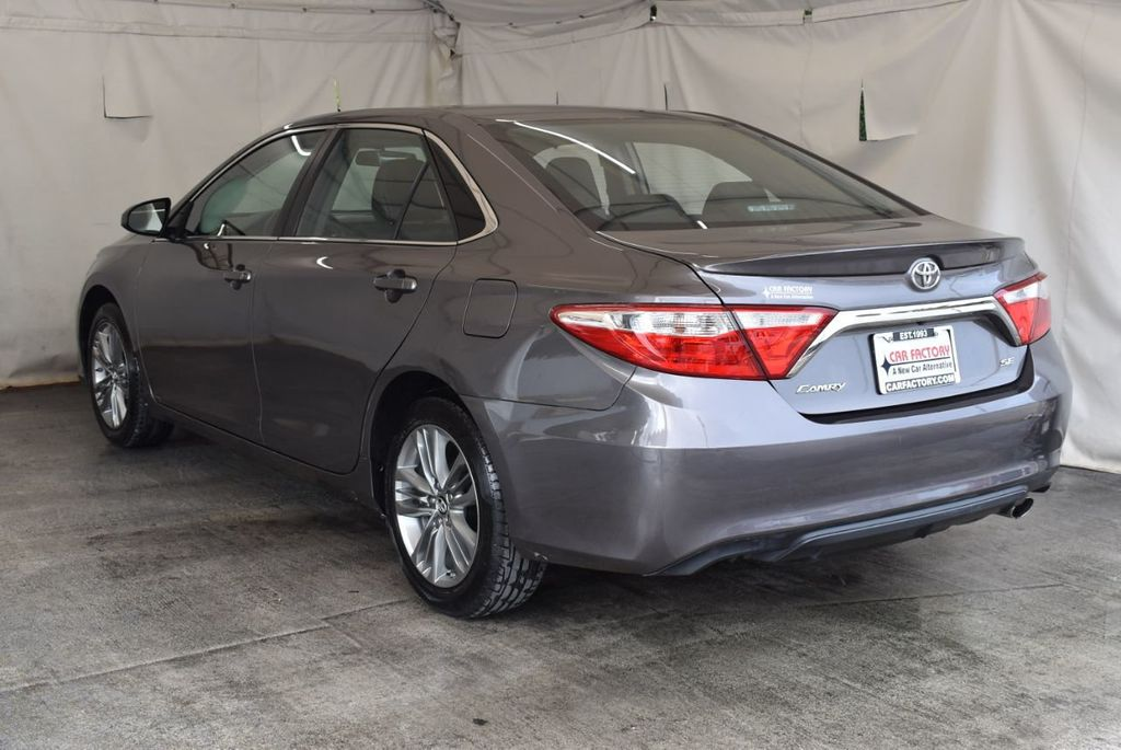 2017 Toyota Camry LE Automatic - 18359637 - 5