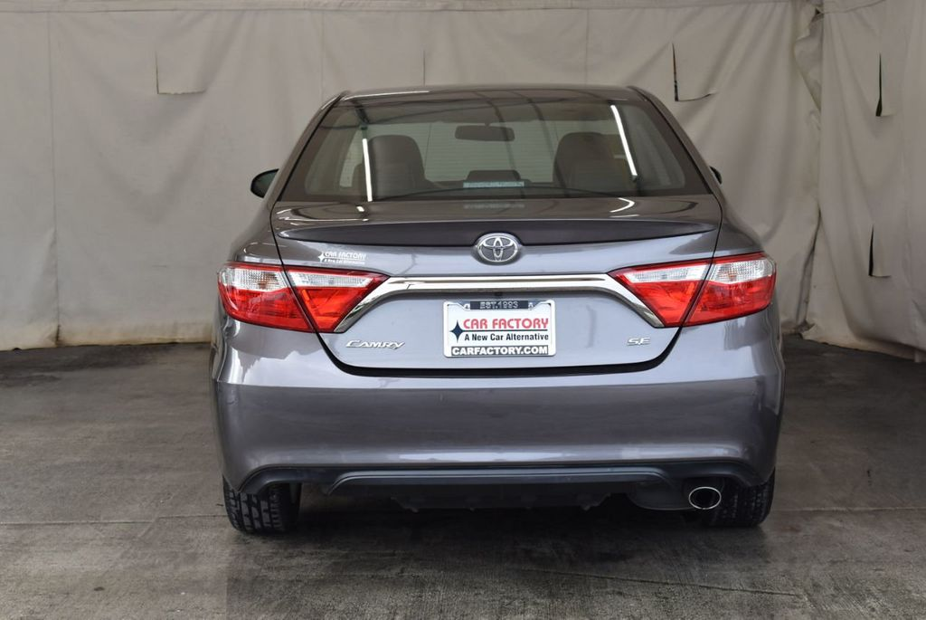 2017 Toyota Camry LE Automatic - 18359637 - 7