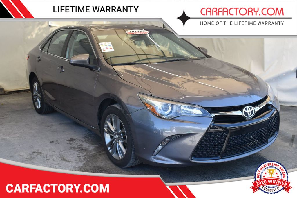 2017 Toyota Camry SE Automatic - 18122124 - 0