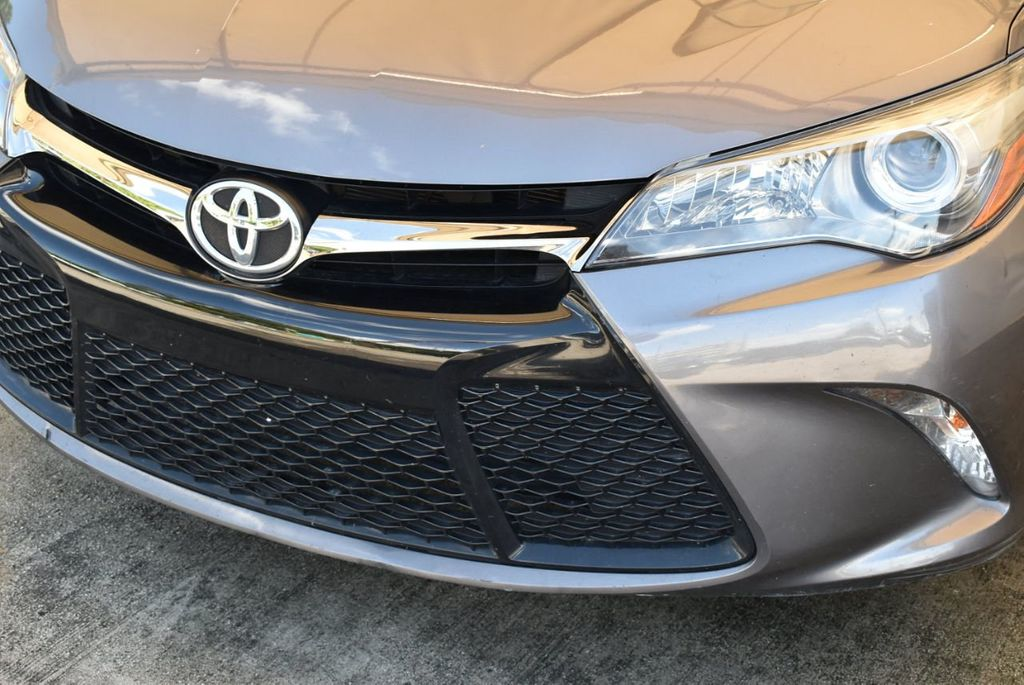 2017 Toyota Camry SE Automatic - 18122124 - 2