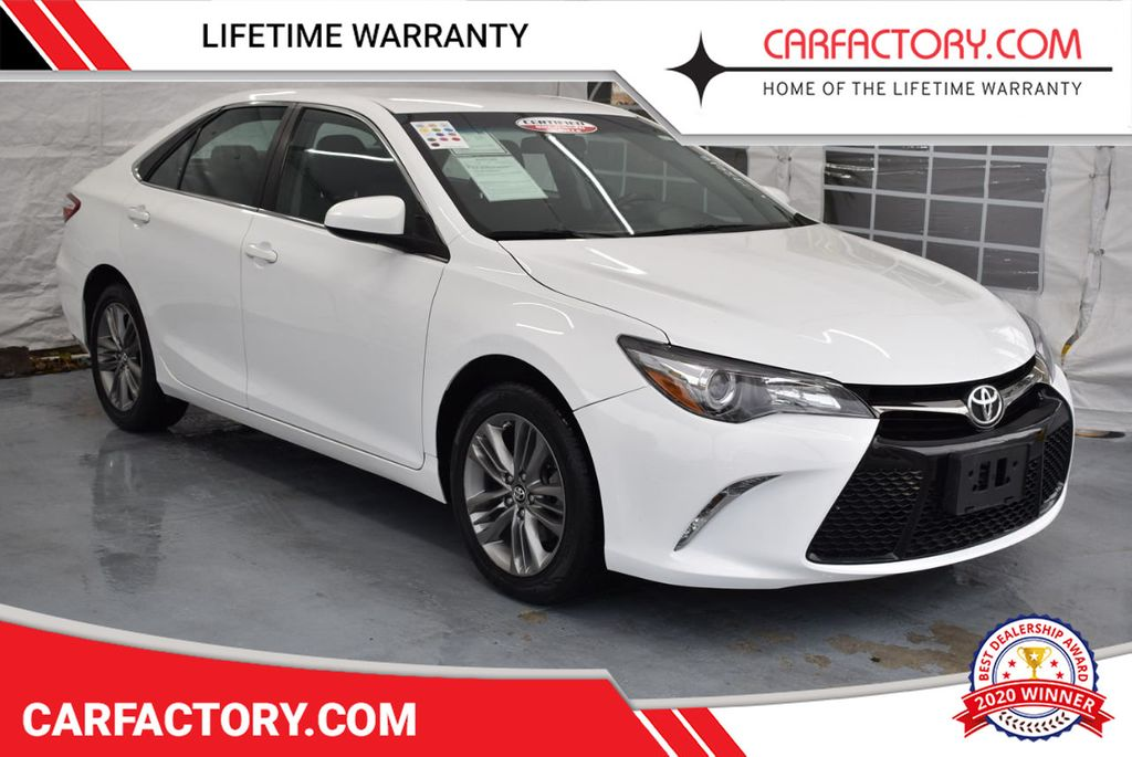 2017 Toyota Camry SE Automatic - 18319320 - 0