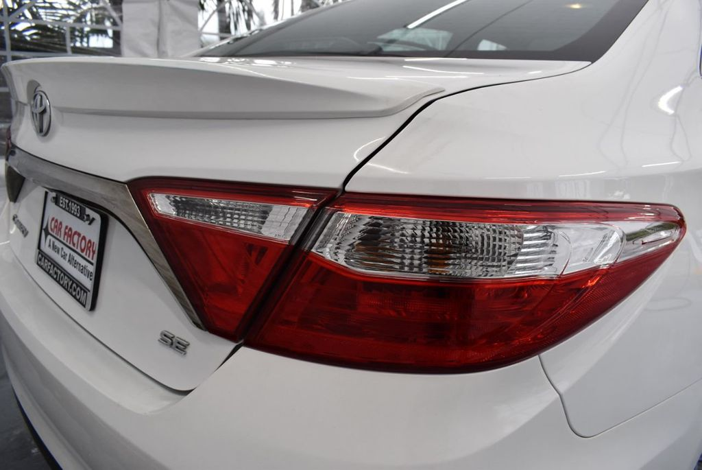 2017 Toyota Camry SE Automatic - 18319320 - 1