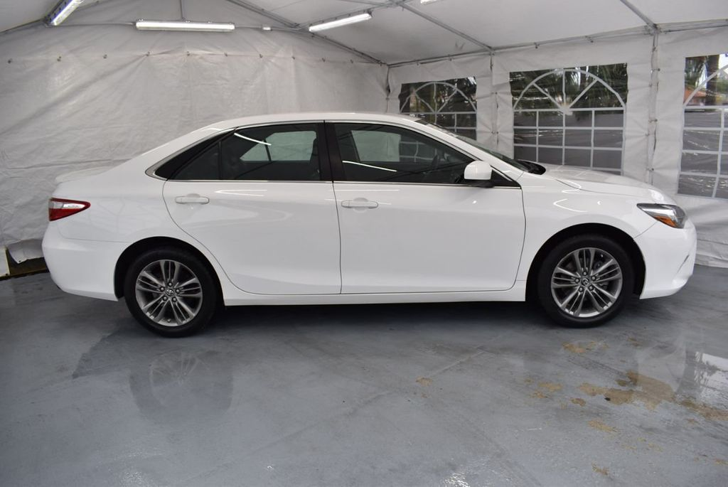 2017 Toyota Camry SE Automatic - 18319320 - 2