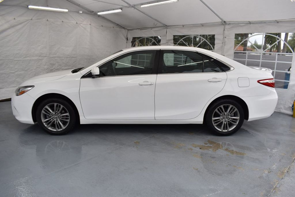 2017 Toyota Camry SE Automatic - 18319320 - 4