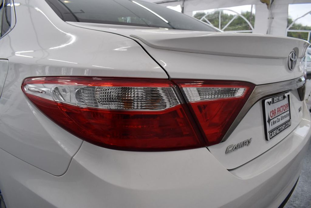 2017 Toyota Camry SE Automatic - 18319320 - 6