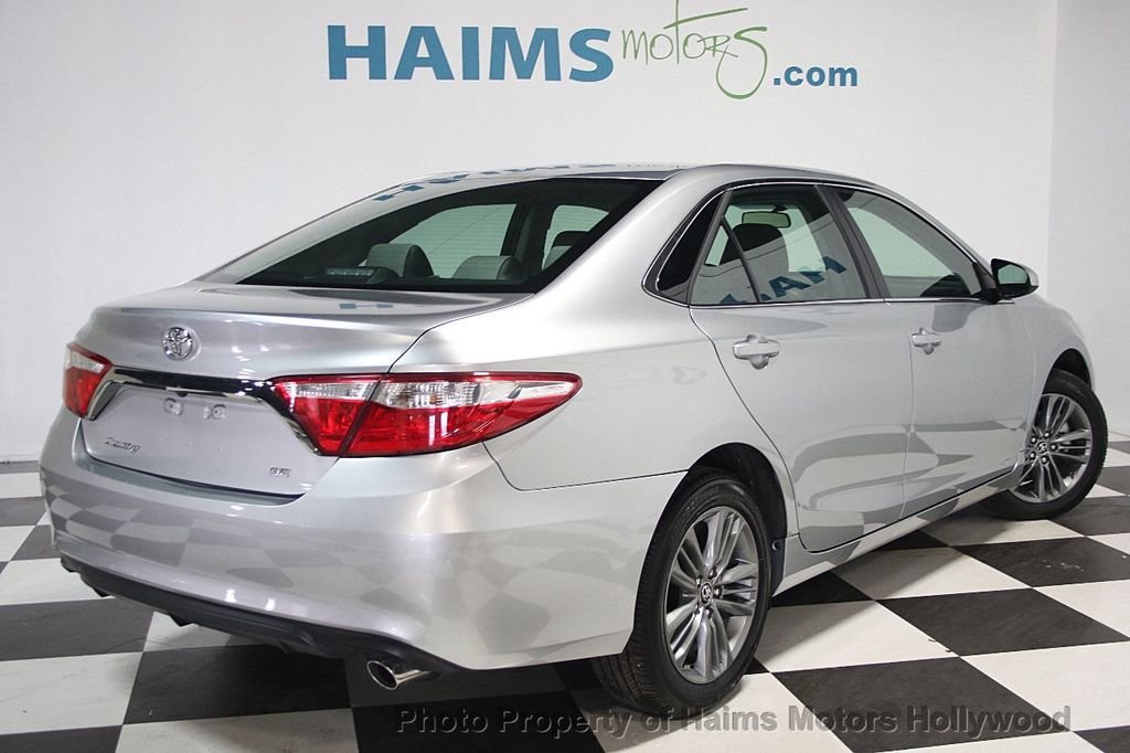 2017 Toyota Camry SE Automatic - 16848646 - 6