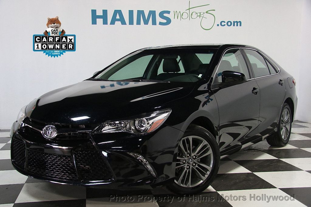 2017 Toyota Camry SE Automatic - 17045276 - 0
