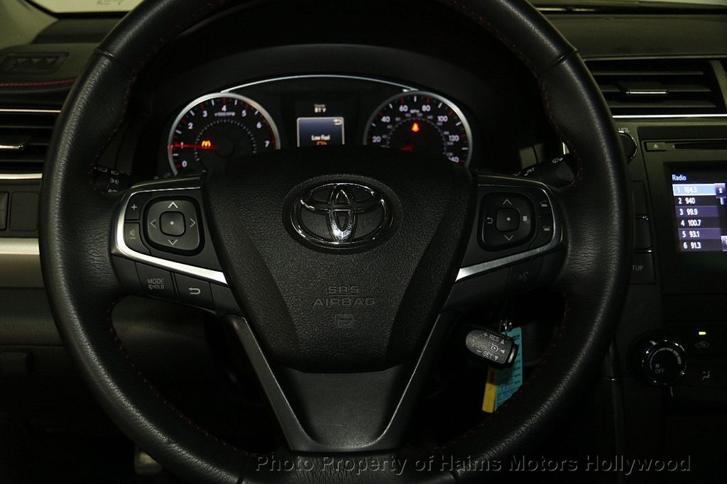 2017 Toyota Camry SE Automatic - 17045276 - 27