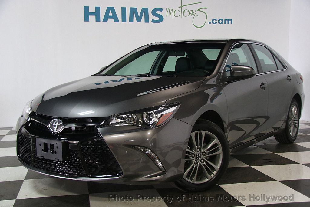2017 Toyota Camry Se Automatic 17223624 1