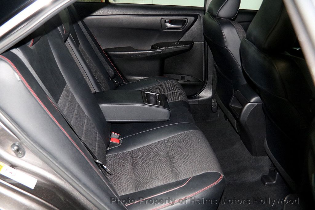 2017 Toyota Camry SE Automatic - 17312775 - 13