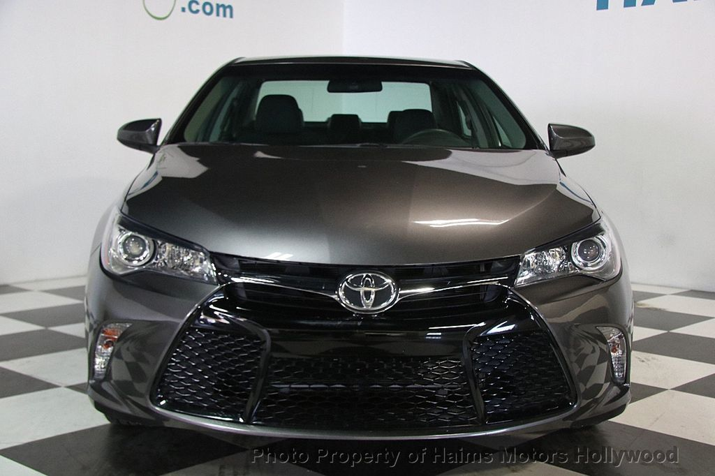 2017 Toyota Camry SE Automatic - 17312775 - 1