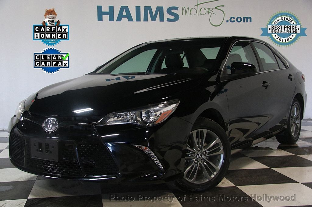 2017 Toyota Camry SE Automatic - 17382292 - 0
