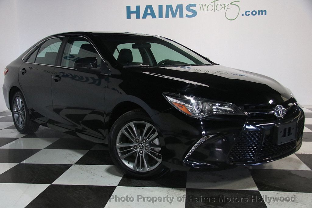 2017 Toyota Camry SE Automatic - 17382292 - 3