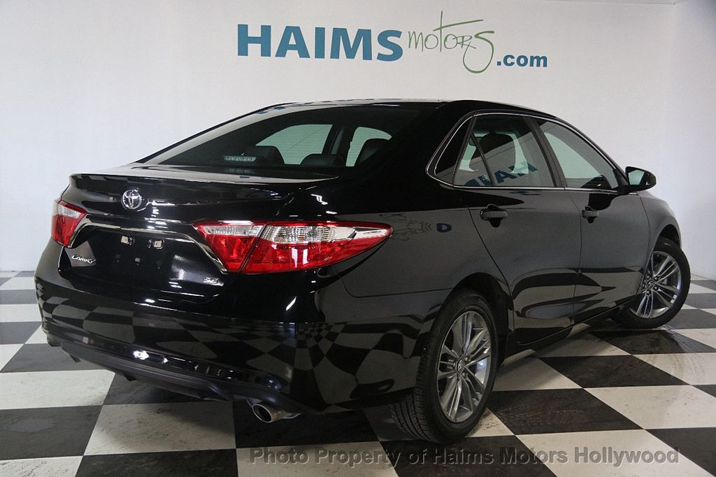 2017 Toyota Camry SE Automatic - 17382292 - 6