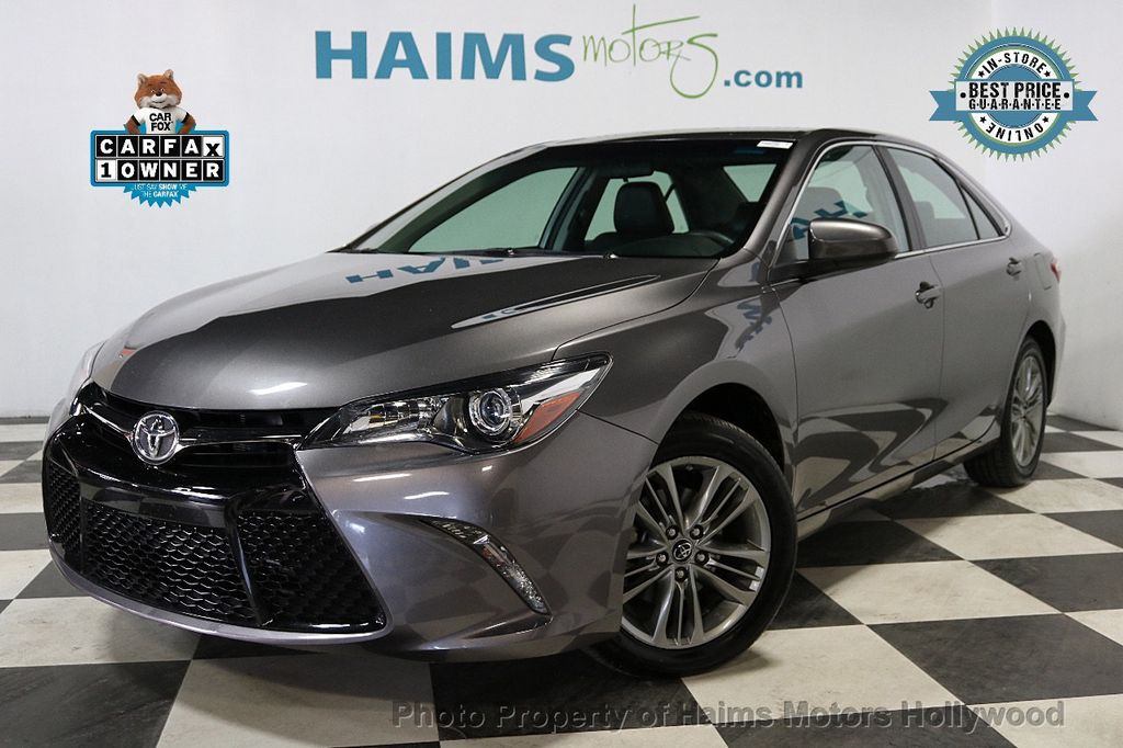 2017 Toyota Camry SE Automatic - 18143364 - 0
