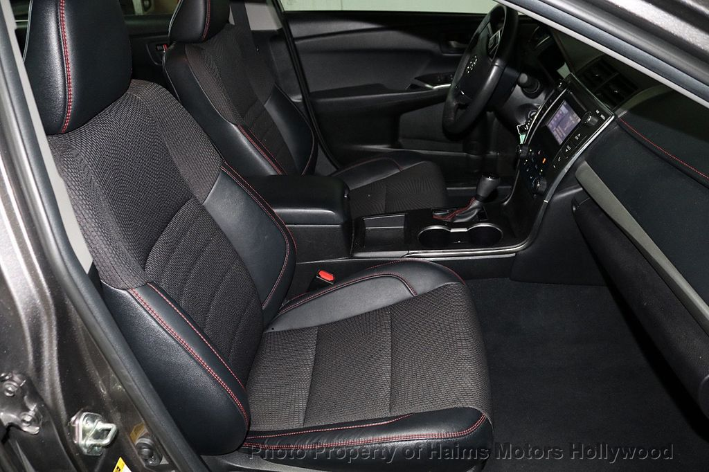 2017 Toyota Camry SE Automatic - 18143364 - 13