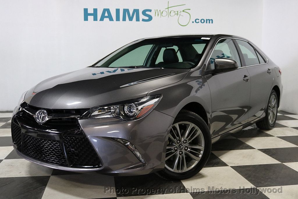 2017 Toyota Camry SE Automatic - 18143364 - 1