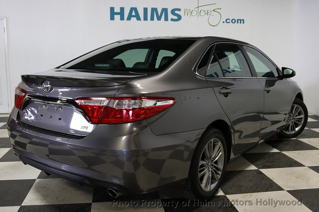 2017 Toyota Camry SE Automatic - 18143364 - 6