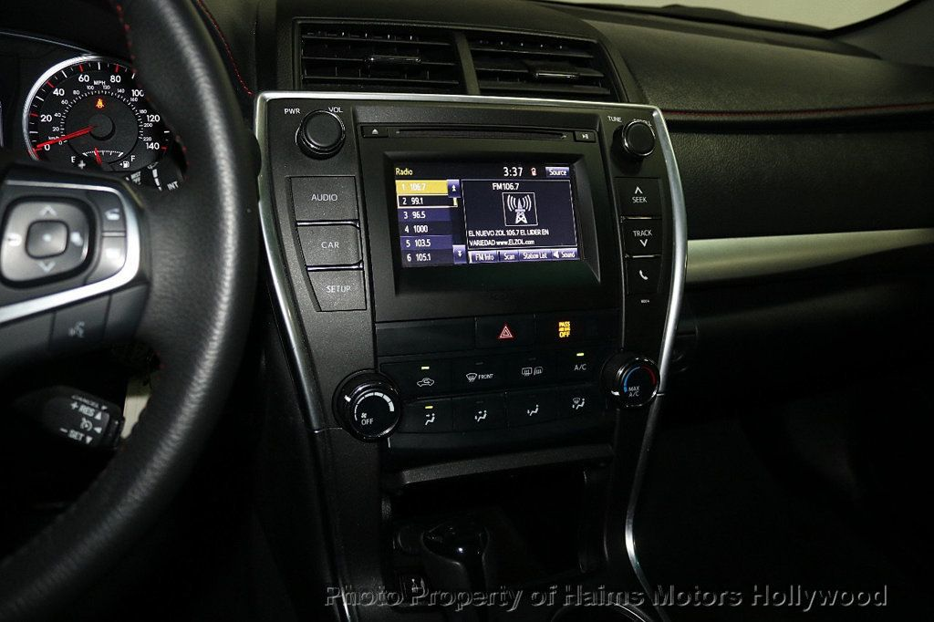 2017 Toyota Camry SE Automatic - 18692255 - 17