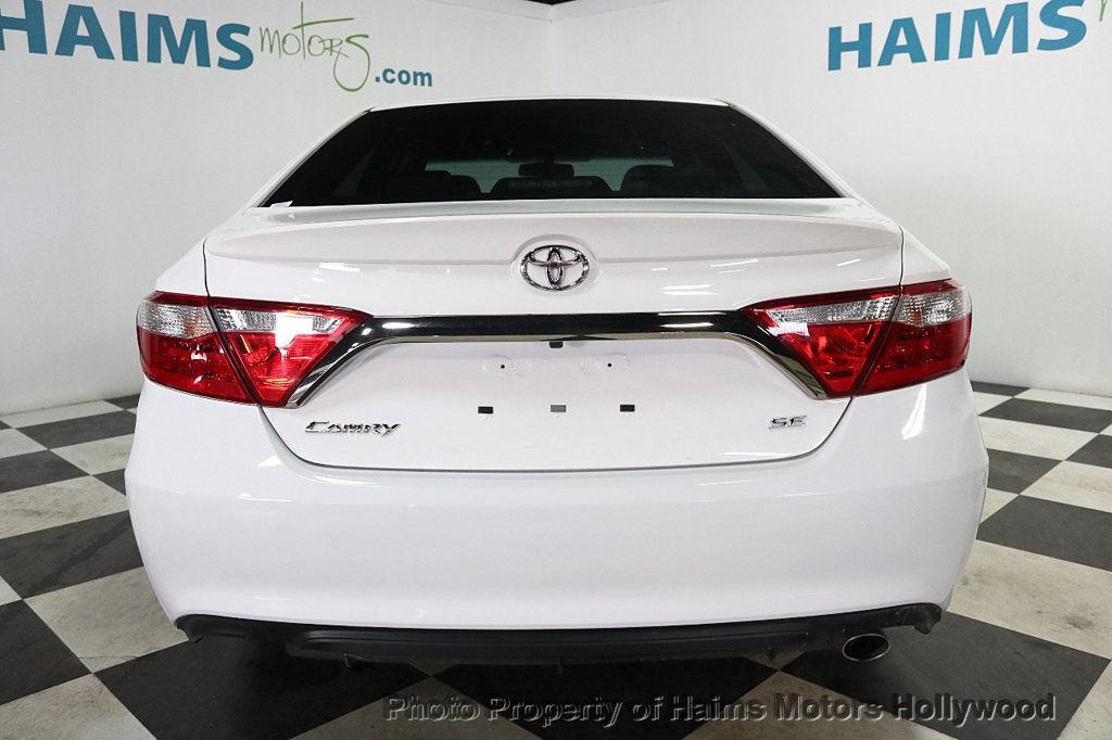2017 Toyota Camry SE Automatic - 18692255 - 5