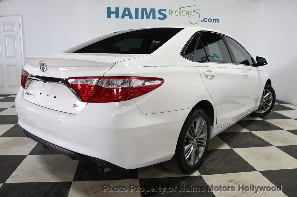 2017 Toyota Camry SE Automatic - 18692255 - 6