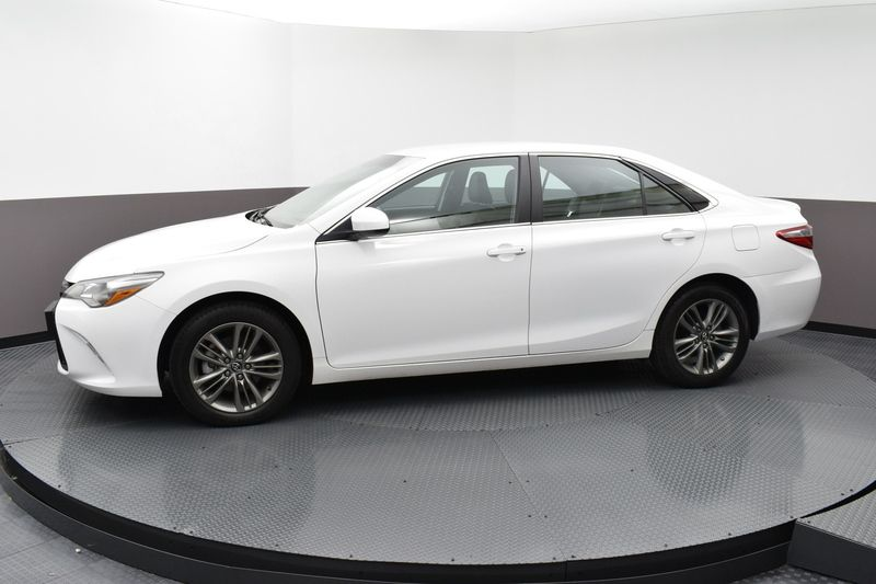 2017 Toyota Camry Se Automatic 18575400 1