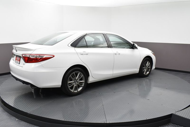 2017 Toyota Camry Se Automatic 18575400 4