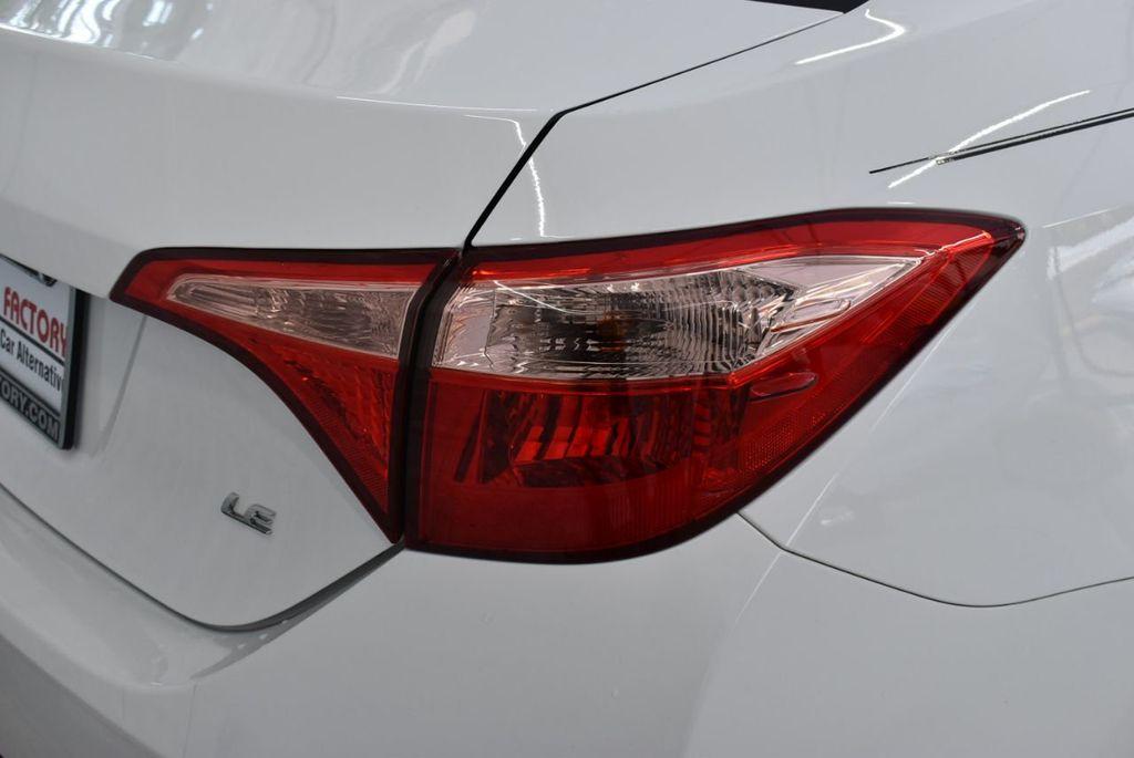 2017 Toyota Corolla  - 18712675 - 1