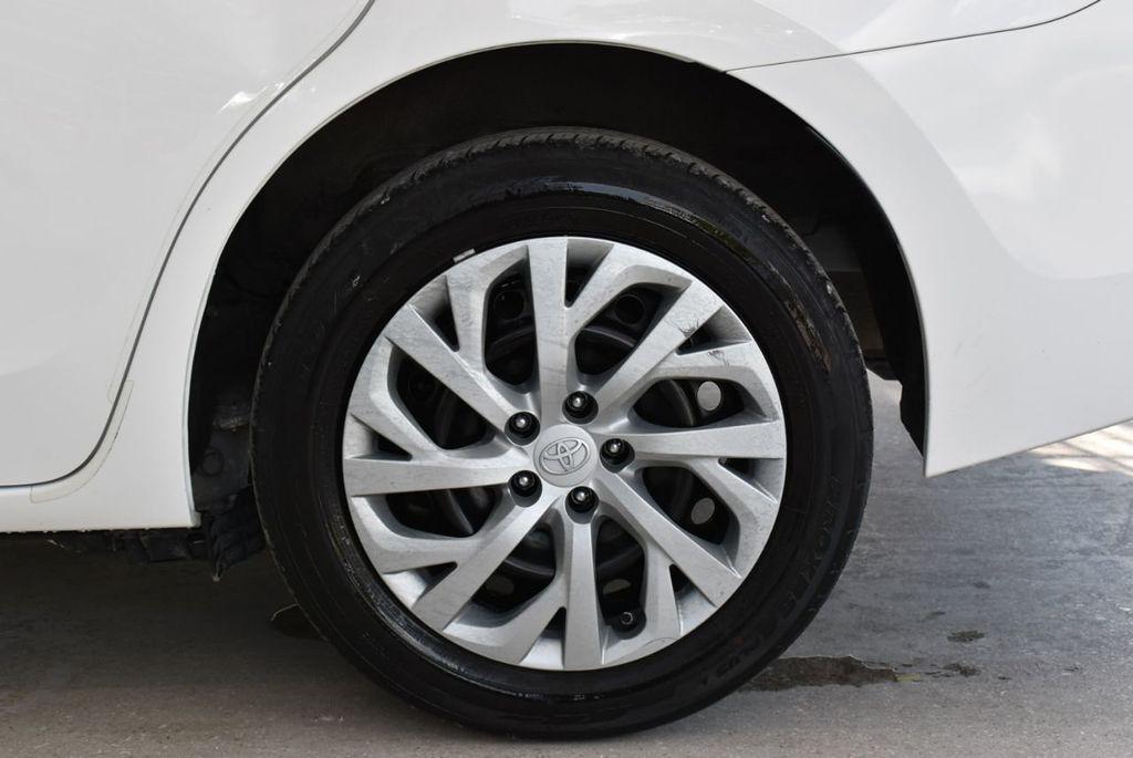 2017 Toyota Corolla  - 18712675 - 7