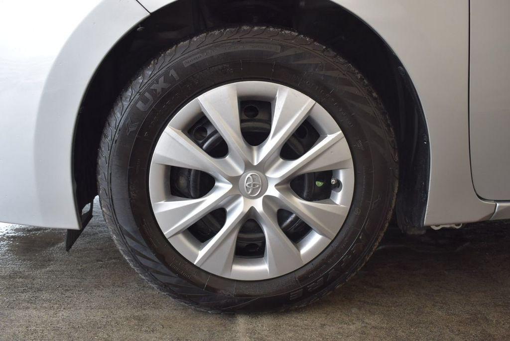 2017 Toyota Corolla L - 18157161 - 11