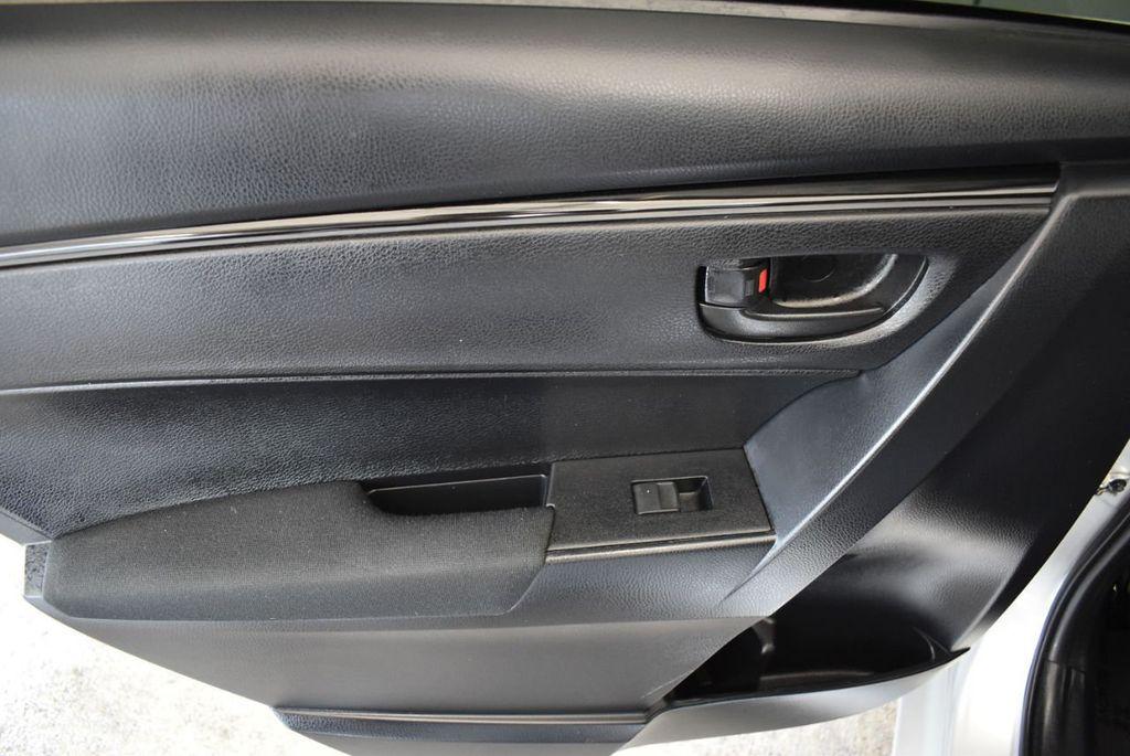 2017 Toyota Corolla L - 18157161 - 13