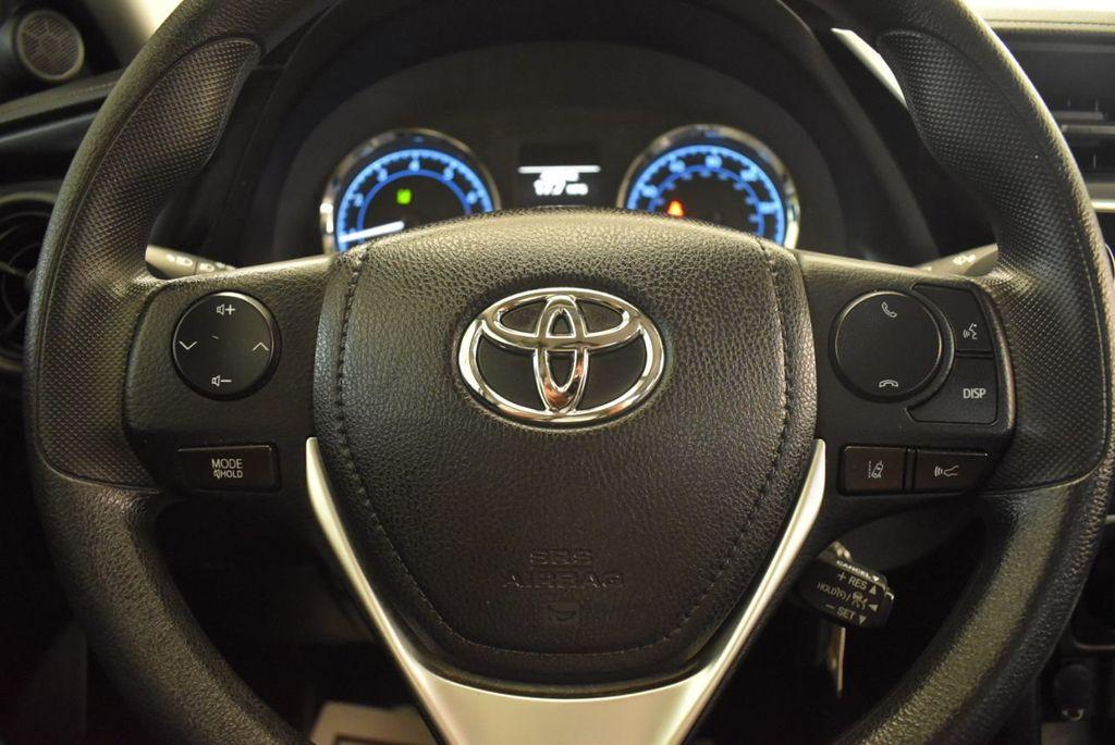 2017 Toyota Corolla L - 18157161 - 17