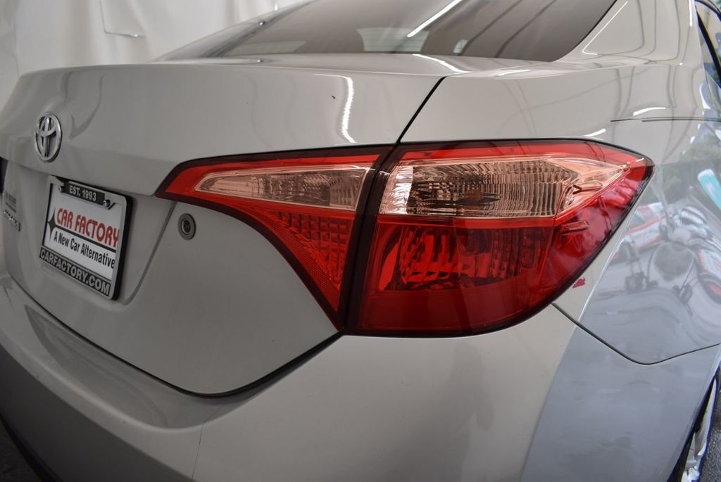 2017 Toyota Corolla L - 18157161 - 1