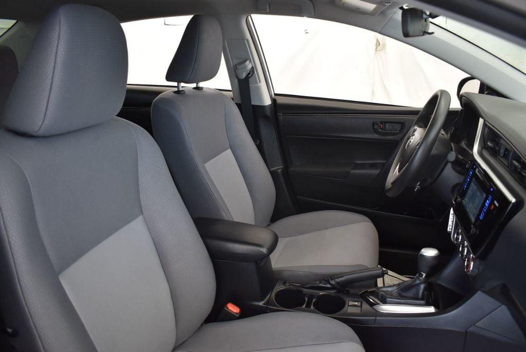 2017 Toyota Corolla L - 18157161 - 25