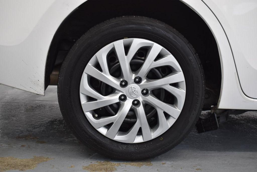 2017 Toyota Corolla L CVT - 18381963 - 9