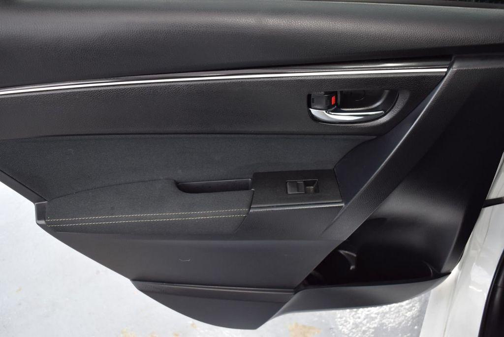 2017 Toyota Corolla L CVT - 18381963 - 21