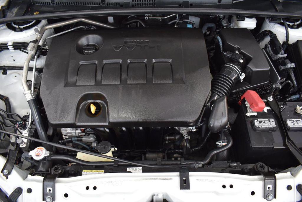 2017 Toyota Corolla L CVT - 18381963 - 26