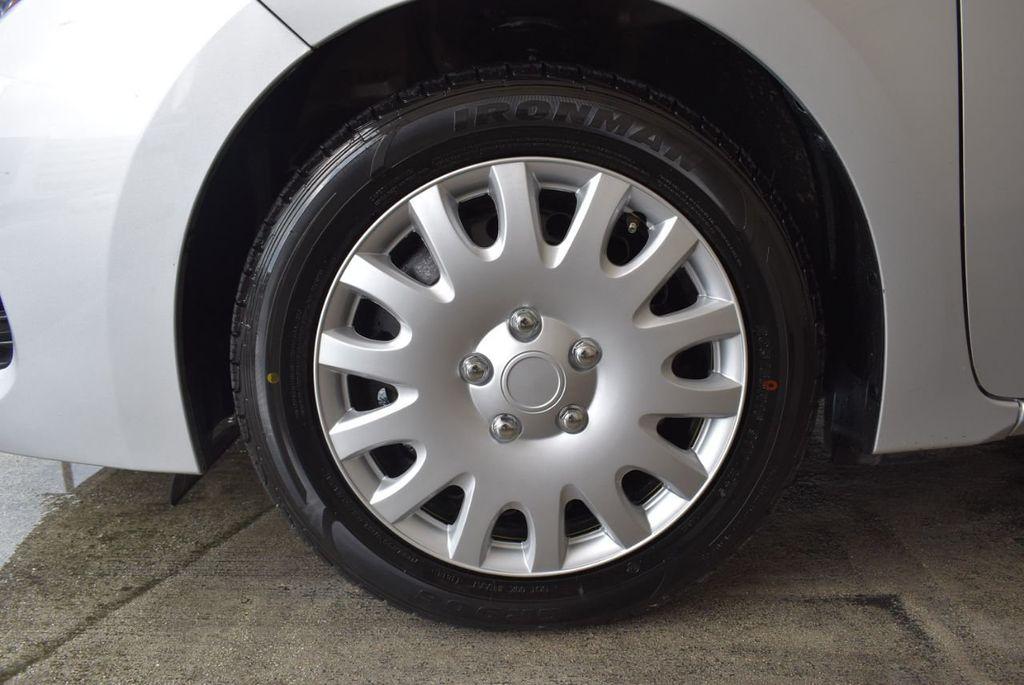 2017 Toyota Corolla LE - 18157160 - 11