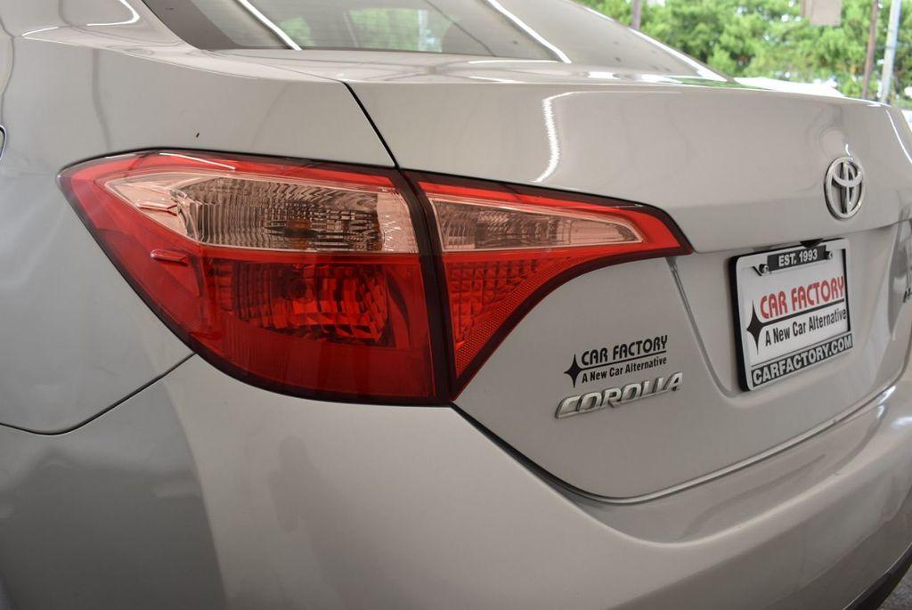 2017 Toyota Corolla LE - 18157160 - 6