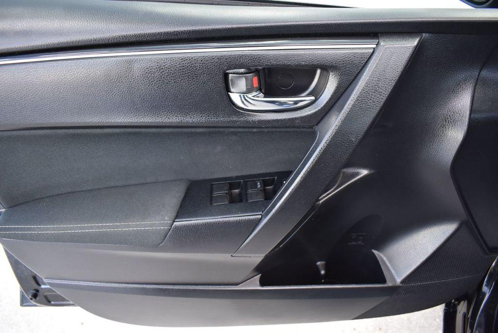 2017 Toyota Corolla LE - 18415833 - 13