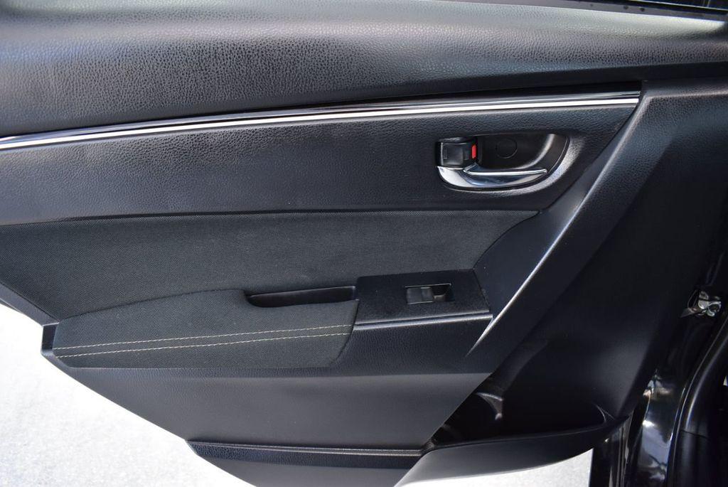2017 Toyota Corolla LE - 18415833 - 15