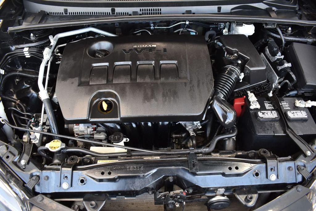 2017 Toyota Corolla LE - 18415833 - 26