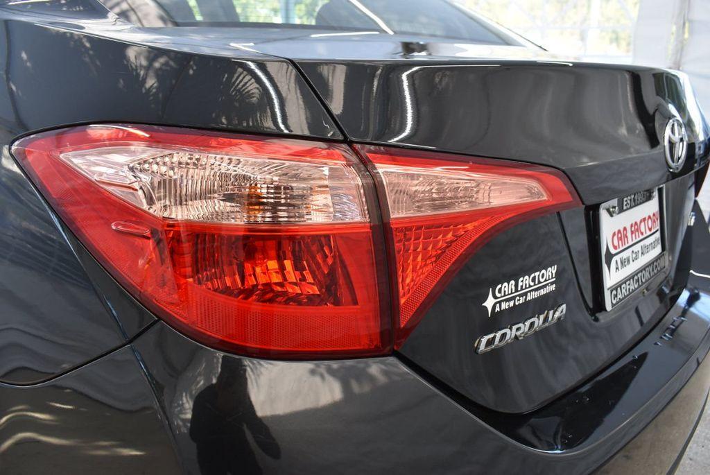 2017 Toyota Corolla LE - 18415833 - 6
