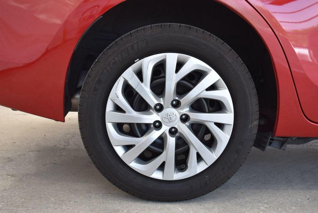 2017 Toyota Corolla LE - 18436051 - 9